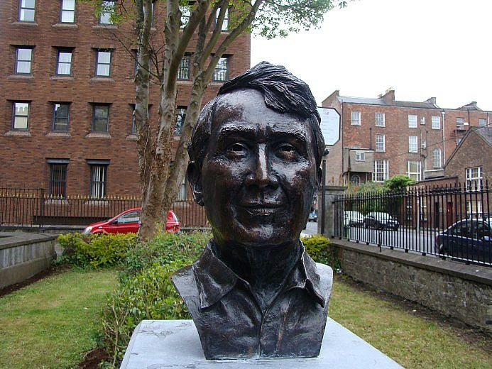 Frank Mc Court by Seamus Connolly